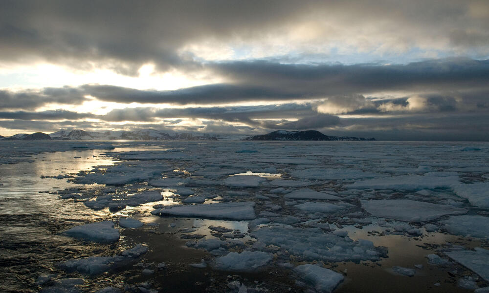 Floating sea ice, climate change