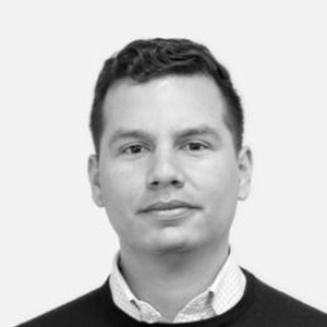 Headshot of Manuel Medina