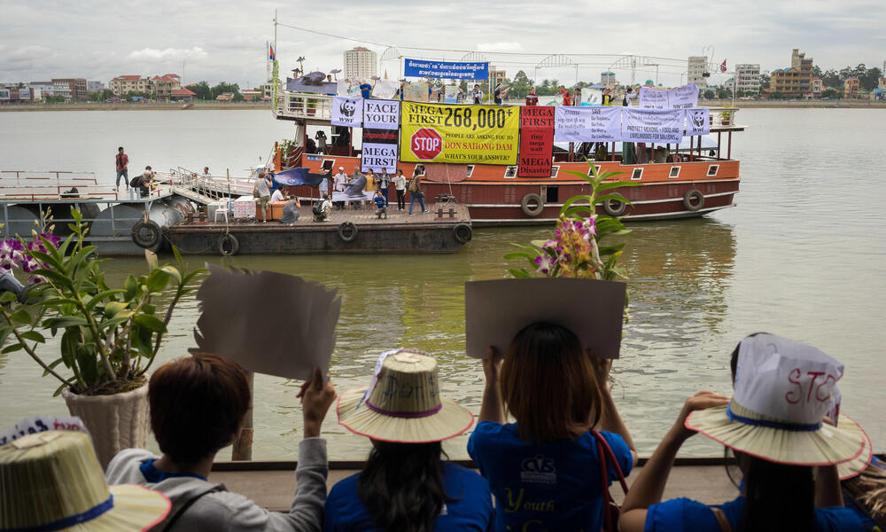 protest on boat
