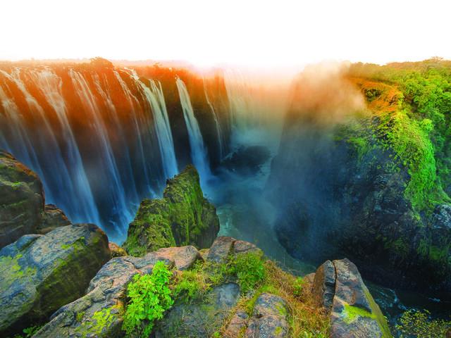 The majestic Victoria Falls, border between Zimbabwe and Zambia