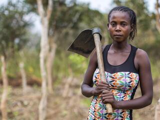 Portrait of Yolande Ngulantswe, head of the women's association in Nkala, DRC